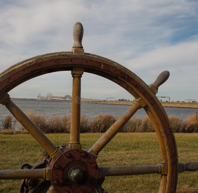 Смотреть через чесапикский залив от восточного берега стоковое изображение