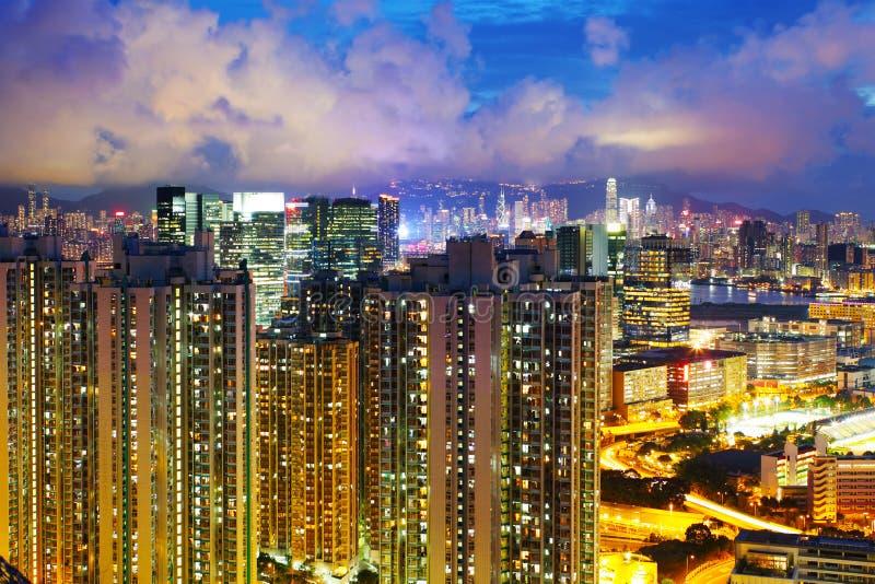 Download Снабжение жилищем в Гонконге Стоковое Изображение - изображение насчитывающей сумрак, kong: 33737721