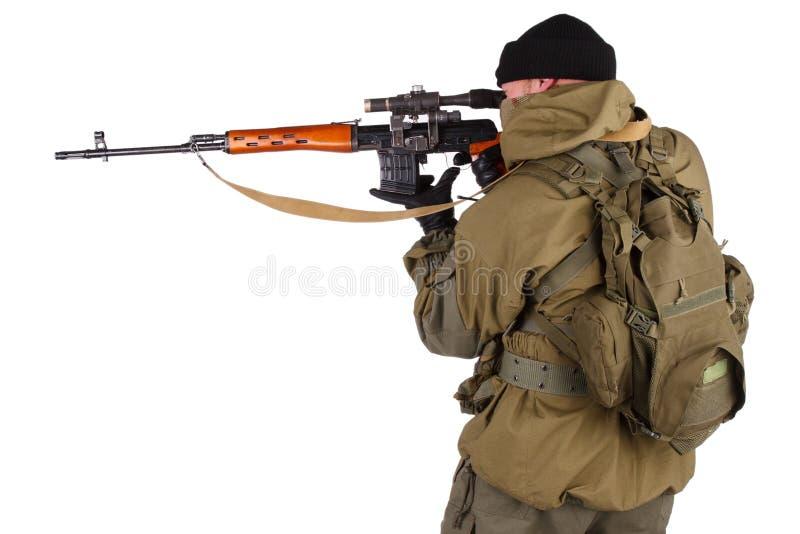 Снайпер с снайперской винтовкой SVD стоковая фотография rf