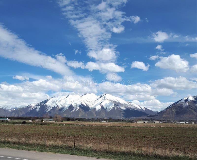Снег покрыл горы в Юте стоковые фотографии rf