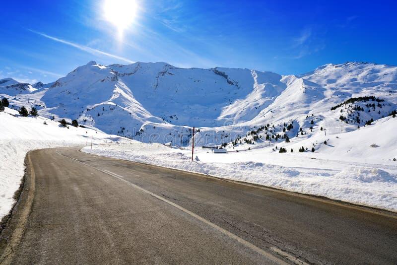 Снег Уэска Пиренеи Испания дороги снега Cerler стоковые фото