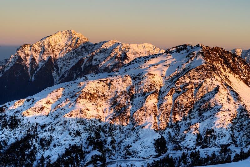 снежок горы ландшафта стоковые фотографии rf