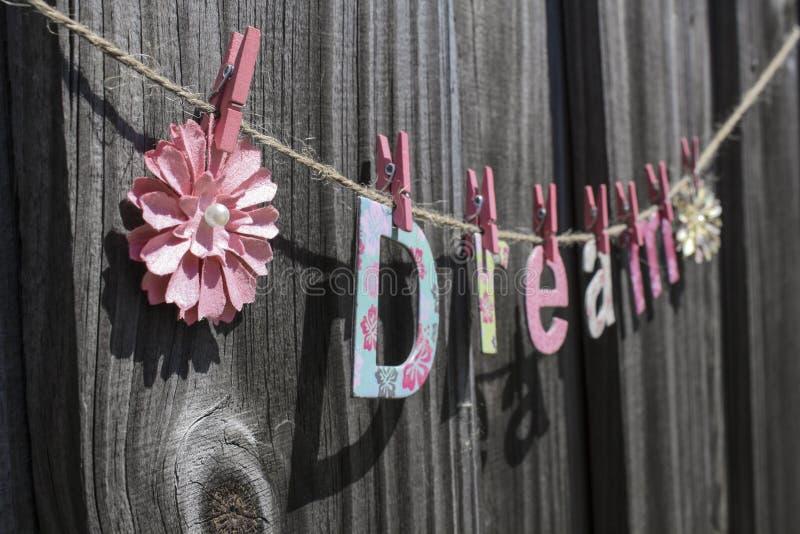 Download сновидение стоковое фото. изображение насчитывающей цветки - 40585224