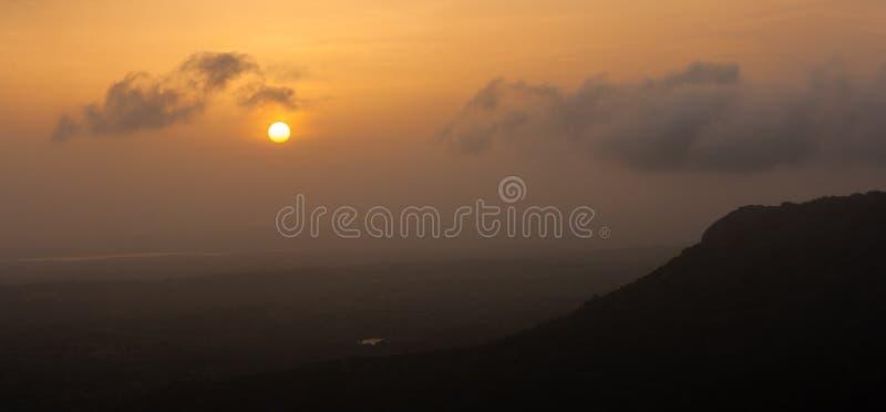 сногсшибательный восход солнца стоковое изображение rf