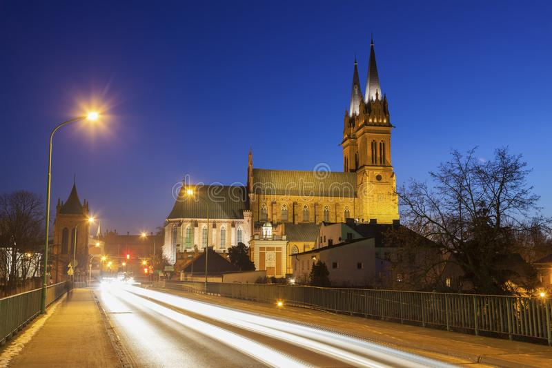 Собор базилики St Mary предположения в Wloclawek стоковая фотография rf