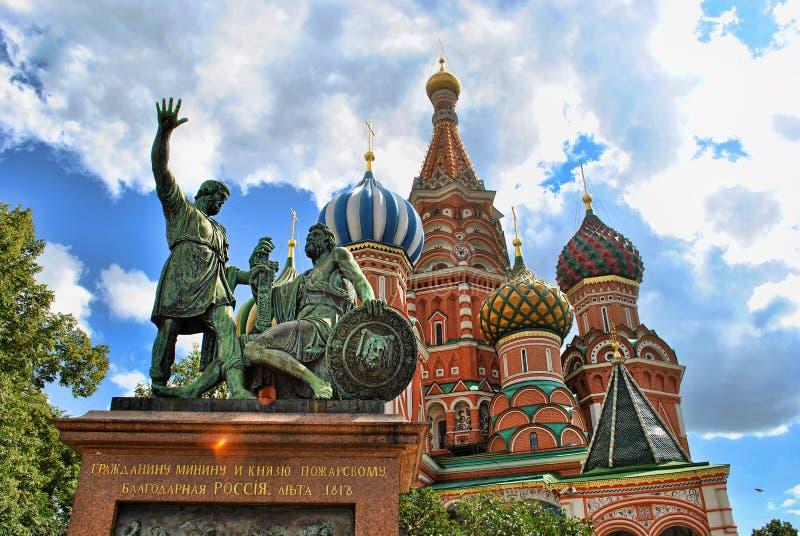 Собор базиликов St на красной площади, Москве стоковые изображения rf