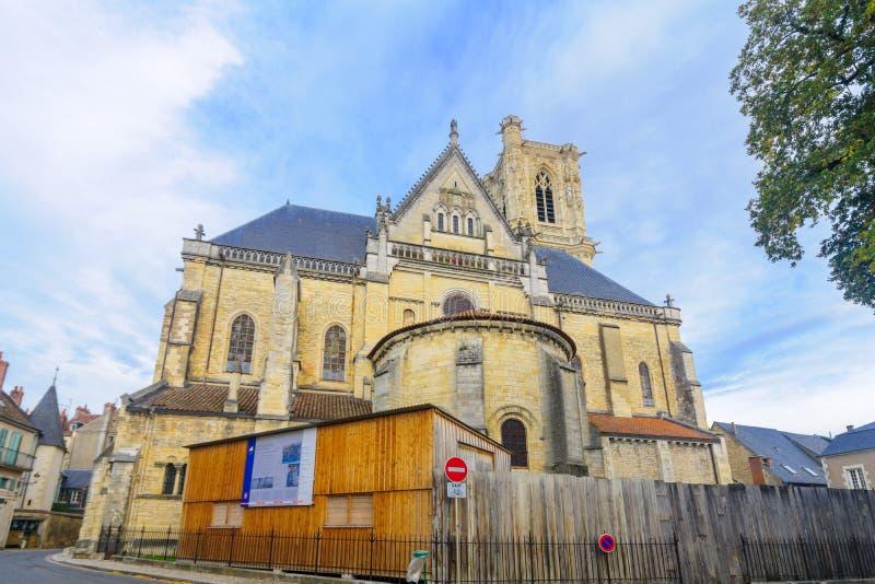 Собор в Невер стоковое изображение