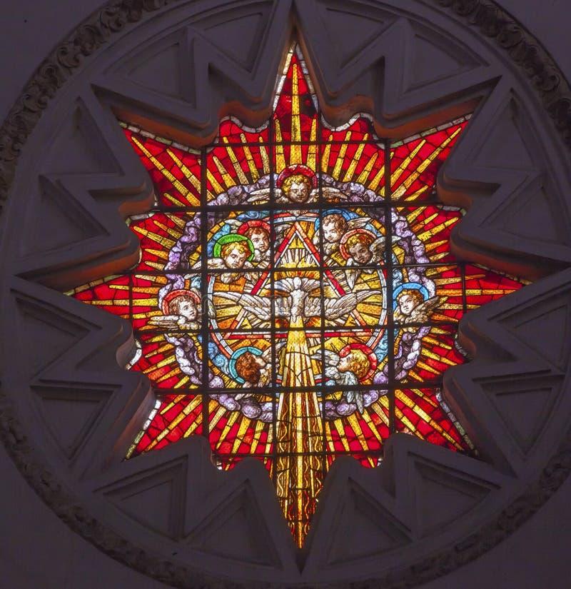 Собор Гранада Испания святого духа ангелов цветного стекла стоковая фотография rf