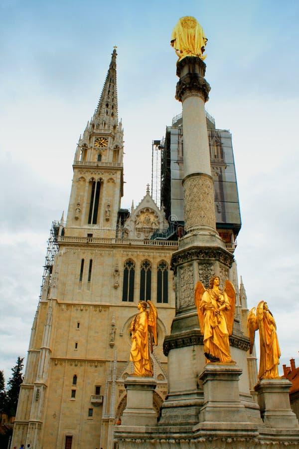 Собор Загреба на Kaptol римско-католические заведение и n стоковое фото rf