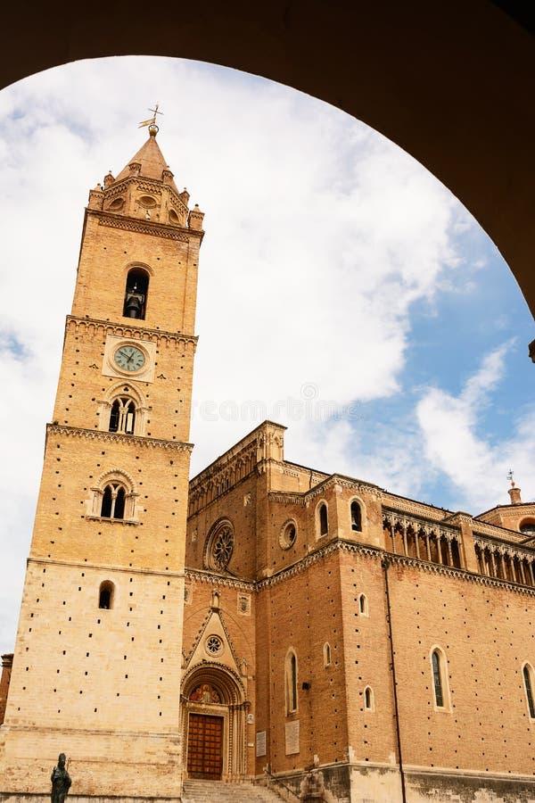 Собор кьети Италии стоковые изображения