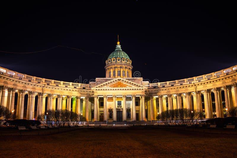 Собор нашей дамы Казани в Санкт-Петербурге стоковые изображения