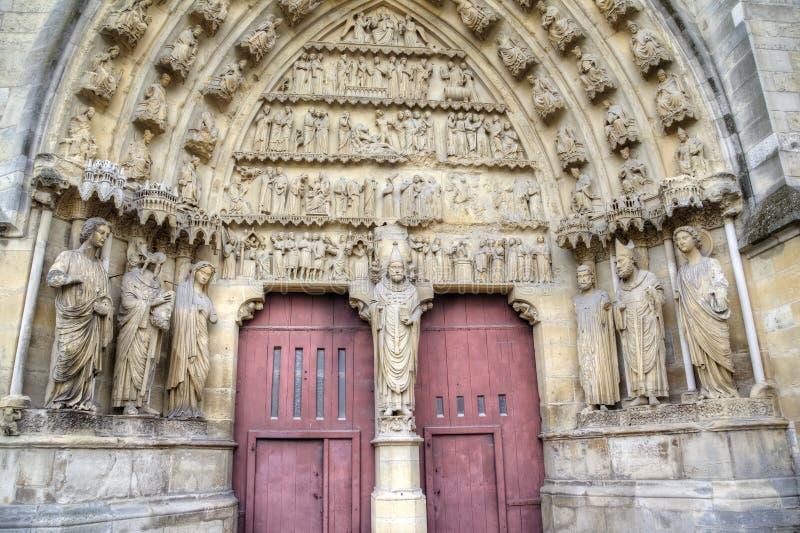 Собор Нотр-Дам de Реймса картины иллюстраций элементов конструкции украшения просто Франция reims стоковое фото