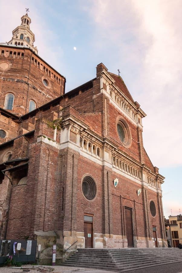 Собор Павии Ломбардии, Италии стоковое изображение rf
