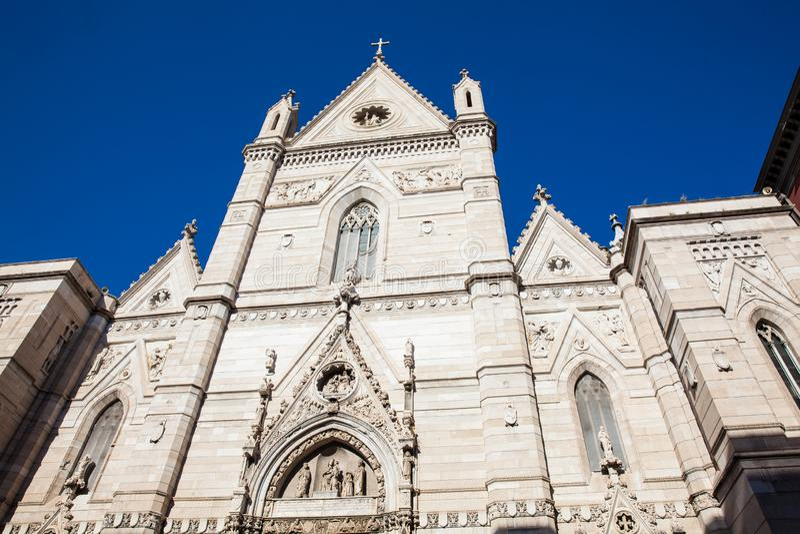 Собор предположения Mary в Неаполь стоковые фотографии rf