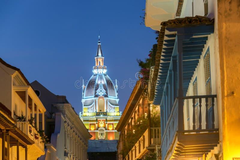 Собор Cartagena на ноче стоковое изображение