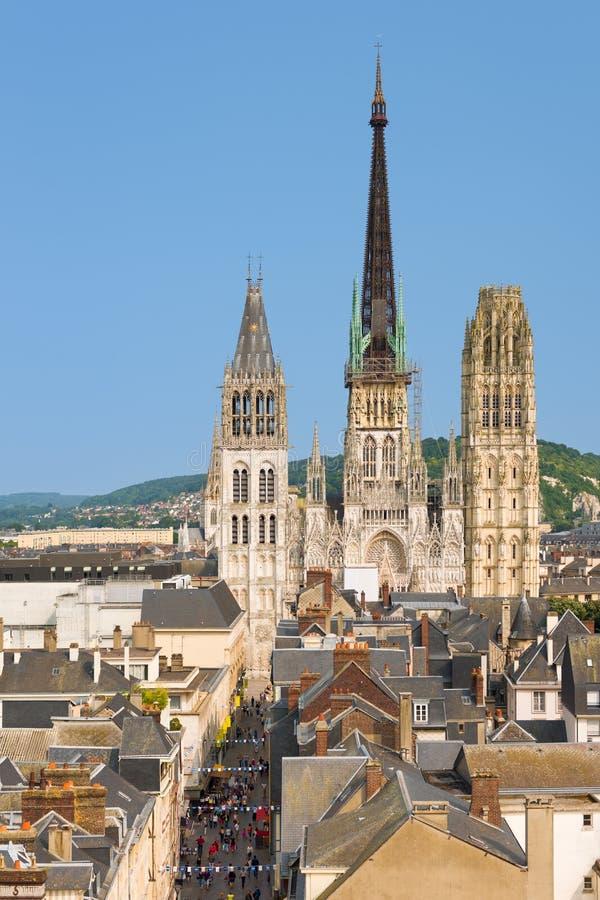 Собор Notre-запруды в Руане стоковое изображение rf