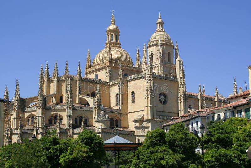 Download собор segovia стоковое фото. изображение насчитывающей шпили - 1175134
