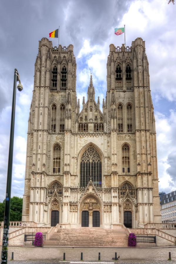Собор St Michael и St Gudula, Брюсселя, Бельгии стоковые изображения