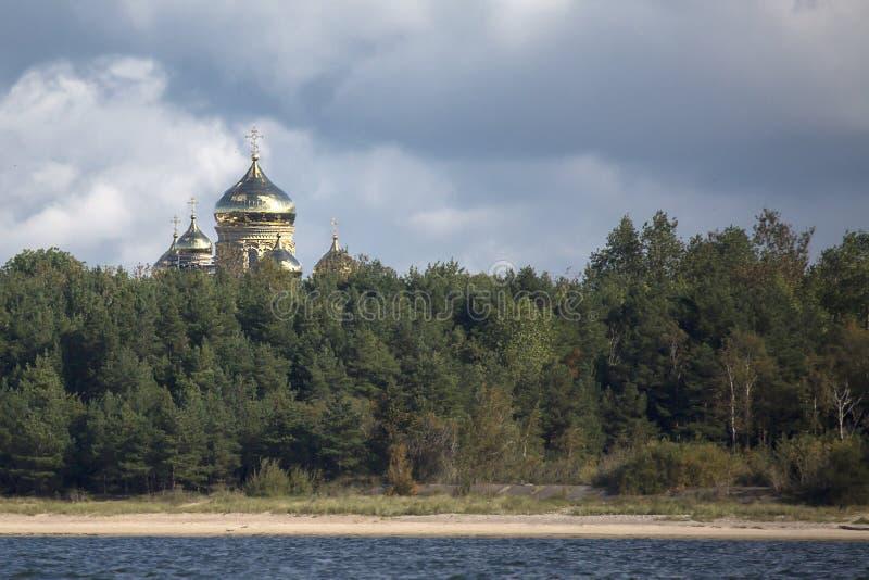 Собор St Nicholas Liepaja правоверный военноморской стоковые изображения rf