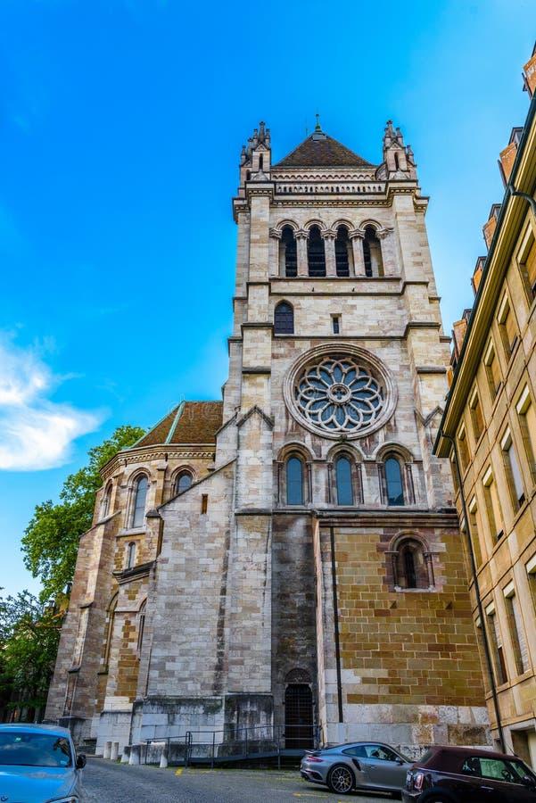 Собор St Pierre Святого в центре Женевы, Швейцарии стоковое фото