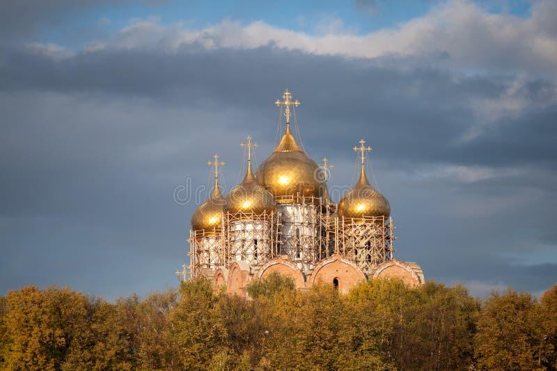Собор Uspensky Yaroslavl стоковое фото rf