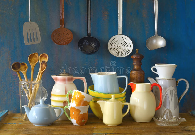 Собрание винтажного kitchenware, стоковое фото rf