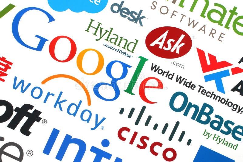Собрание популярных компаний интернета напечатало на бумаге бесплатная иллюстрация