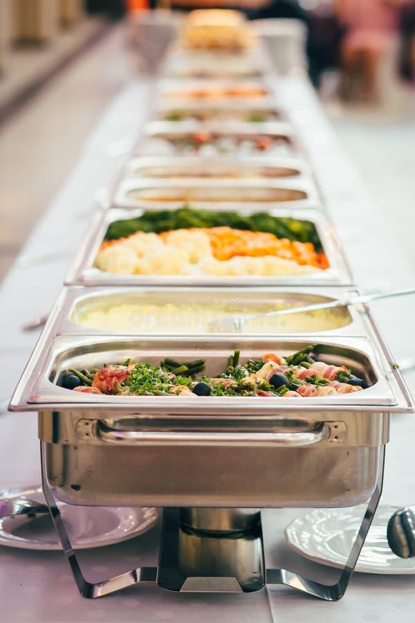 Событие свадьбы еды ресторанного обслуживании стоковые изображения