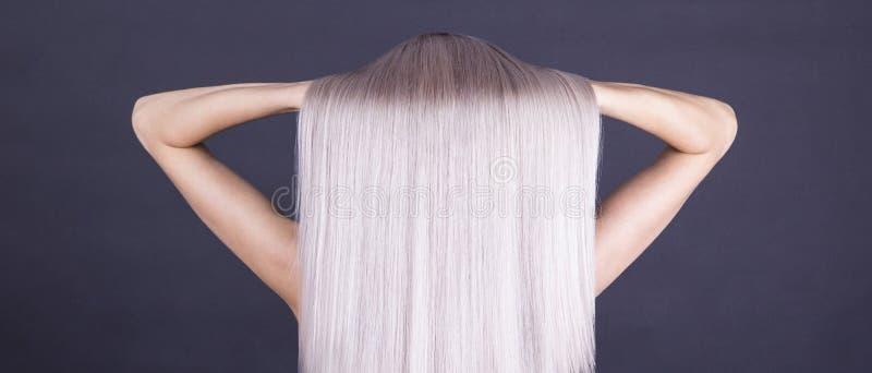 Совершенная блондинка