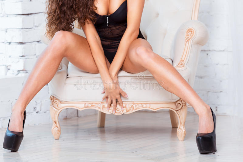 Порно фото девушек с длинными и стройными ножками