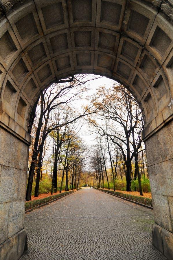 Советский военный мемориал в парке Treptower, панораме Берлина, Германии стоковое изображение rf