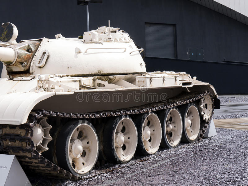 Советский Союз T55 конструировал танк захваченный в войне в Ираке теперь на имперском севере музея войны на набережных Salford в  стоковые изображения
