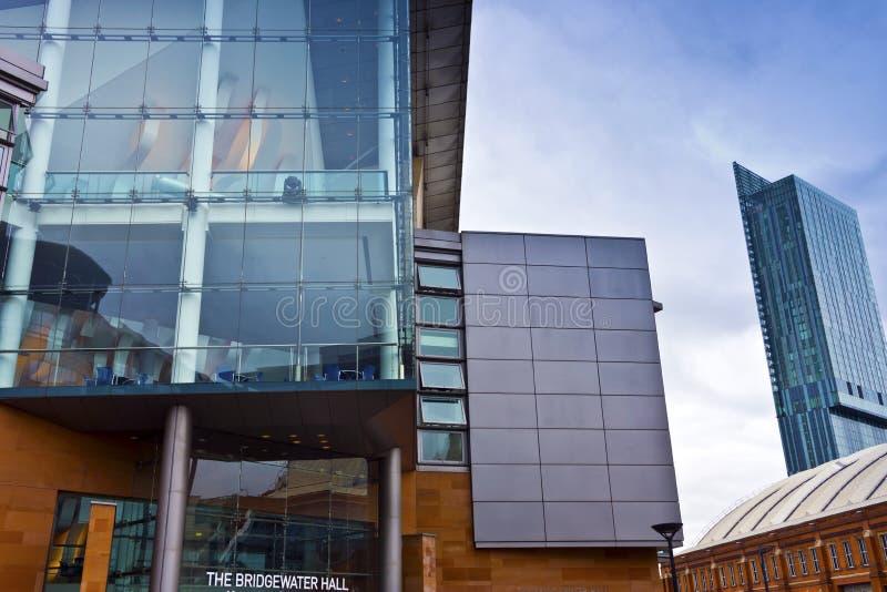 Современная архитектура в Манчестере, Великобритании. стоковое фото
