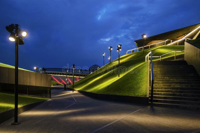 Современная архитектура центра международной конференции в th стоковая фотография