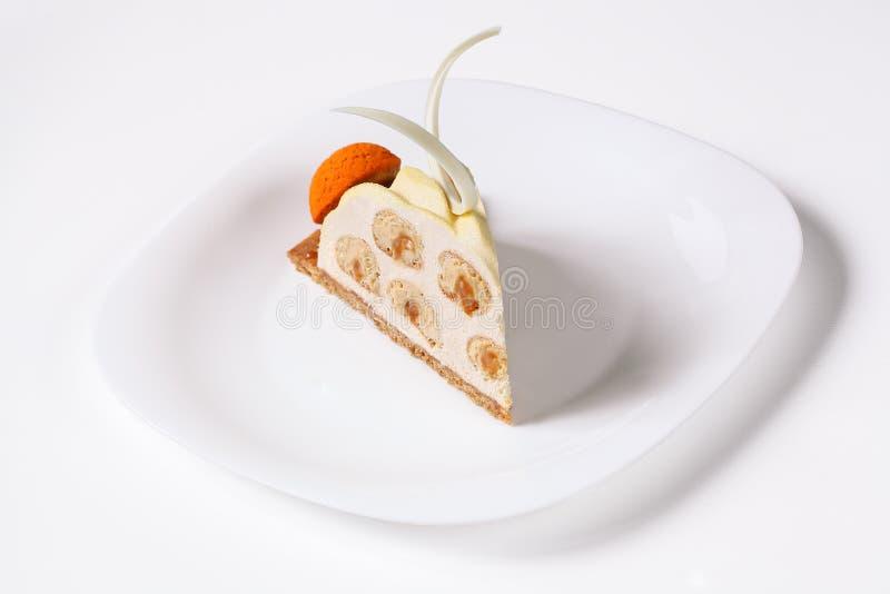 Современная версия известного французского торта почетности Святого стоковые фото