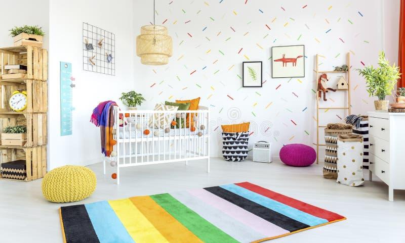 Современная комната младенца стоковая фотография