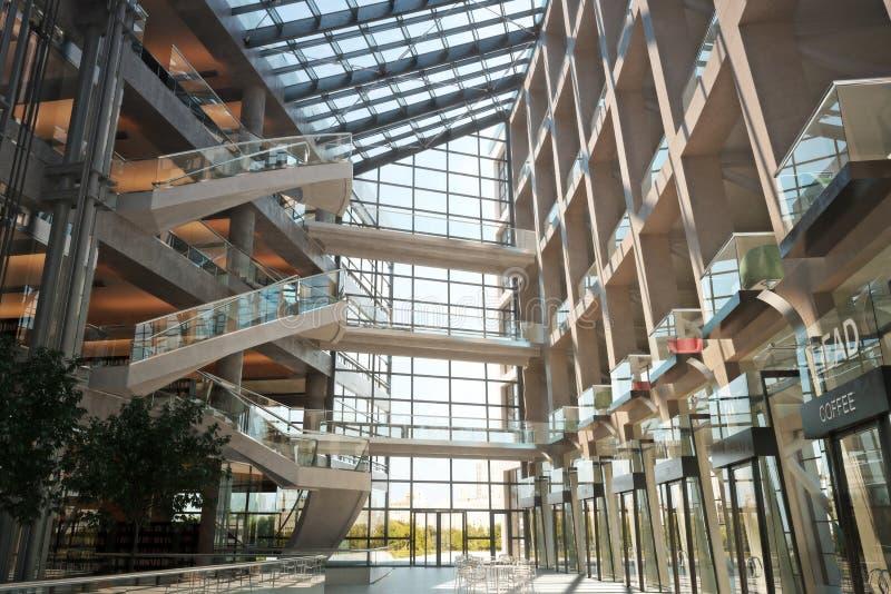 Современная открытая концепция торгового центра пола иллюстрация штока