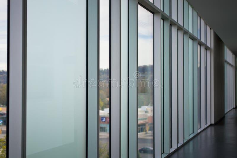 Download Современная прихожая стиля в офисном здании Стоковое Фото - изображение насчитывающей длиной, корридор: 81802202