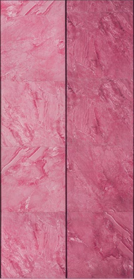 Современная розовая текстура стены плиток стоковые фотографии rf