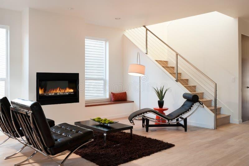 Современная роскошная живущая комната стоковая фотография