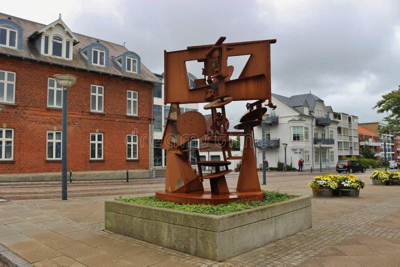 Современная скульптура в Esbjerg, Дании стоковые фото