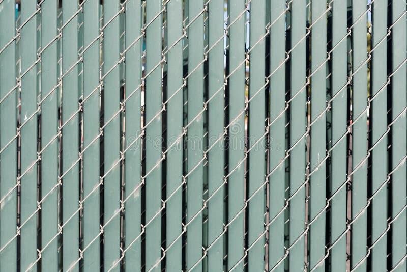 Download Современное заволакивание стены с вертикальными пластмассой и проводом для Backgrou Стоковое Фото - изображение насчитывающей ares, запланировано: 81802044