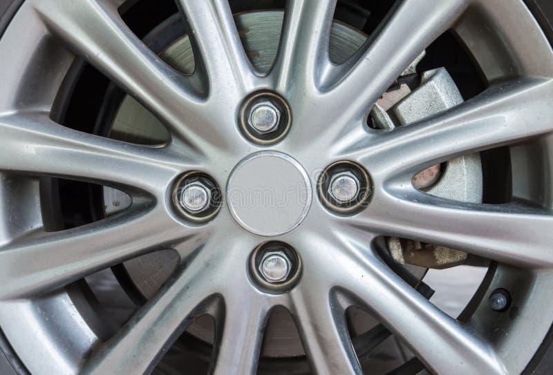 Современное колесо сплава стоковое изображение rf
