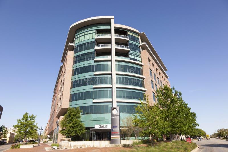 Современное офисное здание в городе Fort Worth Техас, США стоковое изображение