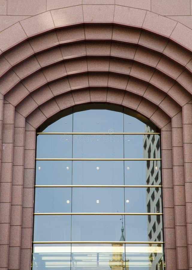Современное стекло в сдобренном окне стоковые фотографии rf