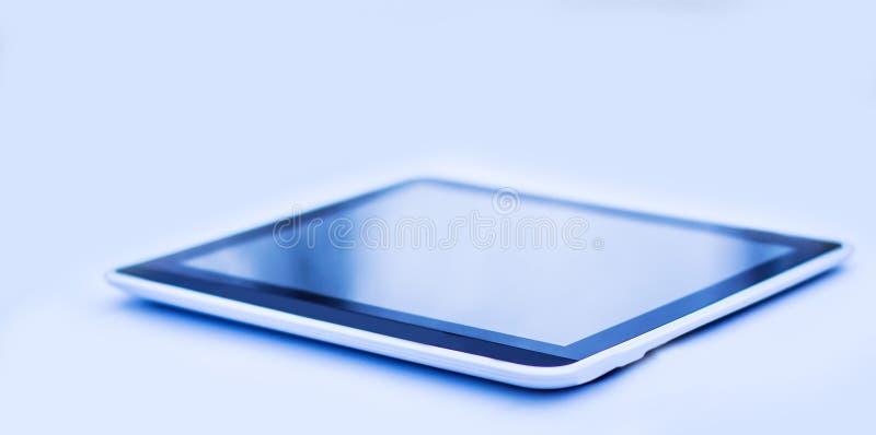 Современное eBook Изолировано на черной предпосылке стоковая фотография rf