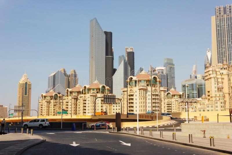 Современные здания в Дубай ОАЭ стоковое фото rf