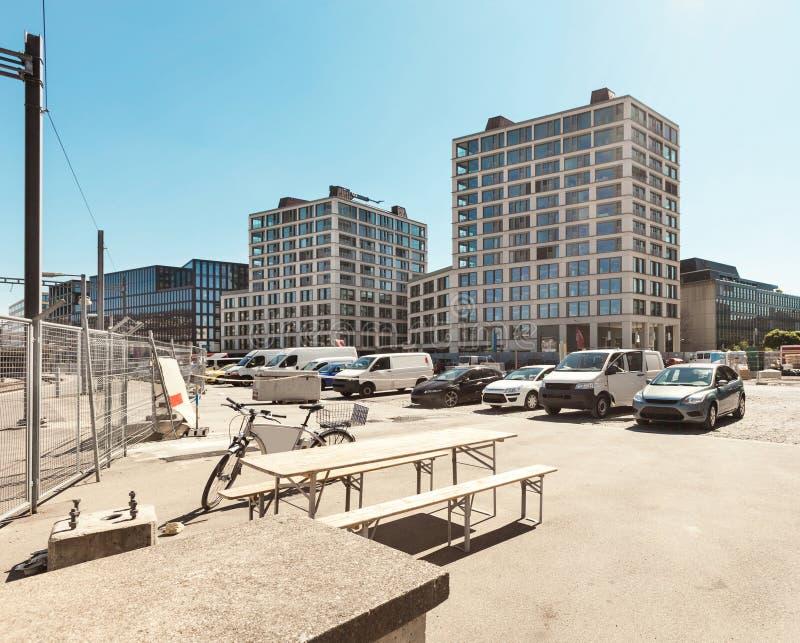 Download Современные здания, внешние Стоковое Фото - изображение насчитывающей финансовохозяйственно, небо: 40577850