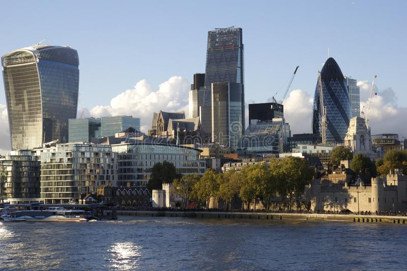 Современные здания, городской пейзаж Лондона стоковые фото