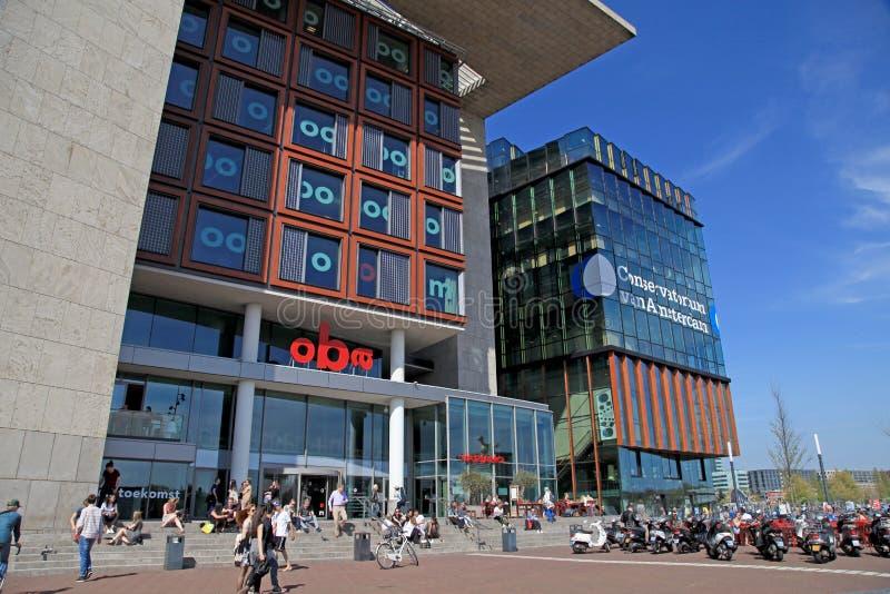 Современные здания консерватории и библиотеки, Амстердама стоковые изображения